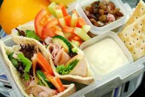 bigstock-Healthy-Kids-Lunchbox-4389808